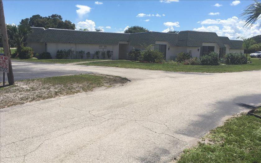 300 Golf Villas Ct Nw, Lake Placid, FL 33852