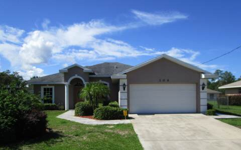 104 Buccaneer St Nw, Lake Placid, FL 33852