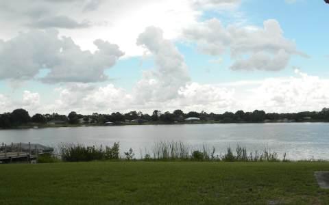 415 Lake August Dr, Lake Placid, FL 33852
