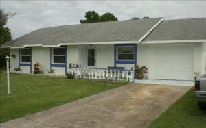 735 Lake Betty Dr, Lake Placid, FL 33852