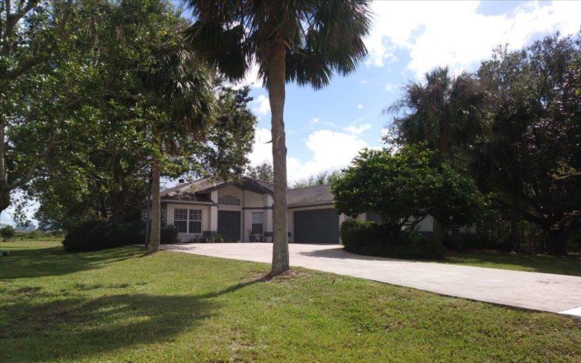 905 S Avon Estates Blvd, Avon Park, FL 33825