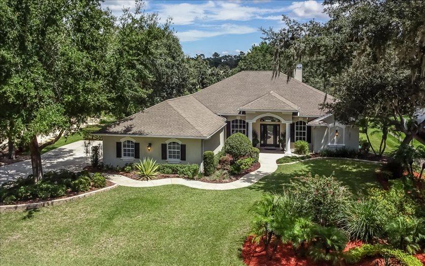 3871 Enchanted Oaks Ln, Sebring, FL 33875