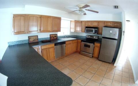 1021 Jonquil St, Lake Placid, FL 33852