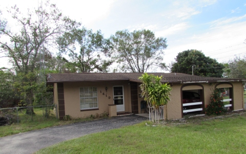 1419 N O-mul-la-oee Dr, Sebring, FL 33870