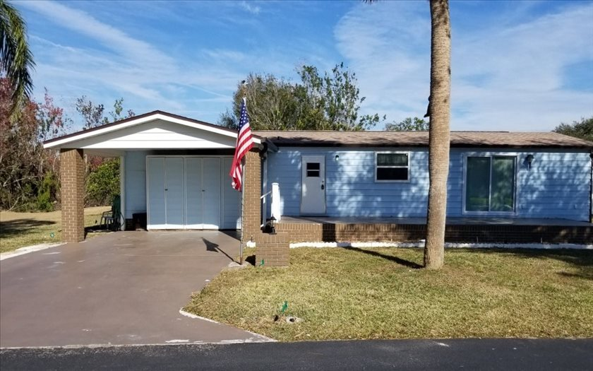 12 Venetian Pkwy, Lake Placid, FL 33852