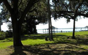 38 Lake Stearns Dr, Lake Placid, FL 33852