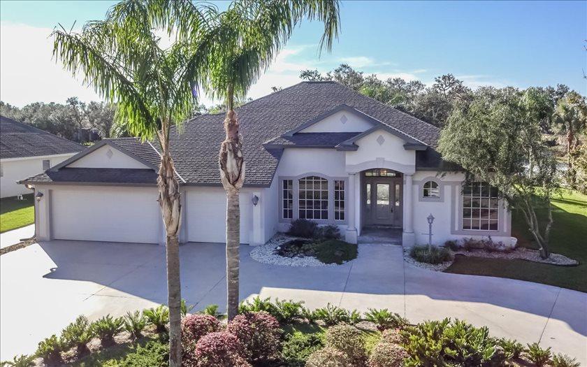 3805 Enchanted Oaks Ln, Sebring, FL 33875