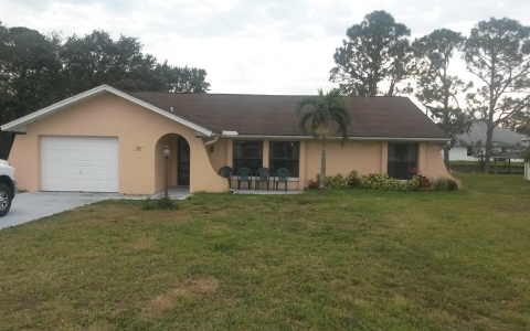 132 Honeycomb Ave, Lake Placid, FL 33852
