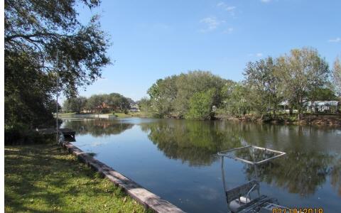 129 Apple Tree Ave, Lake Placid, FL 33852