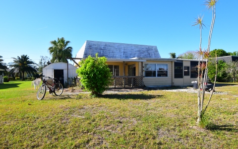 113 Temptation Ave, Lake Placid, FL 33852