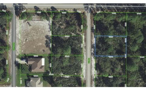 322 Clipper Ave Nw, Lake Placid, FL 33852