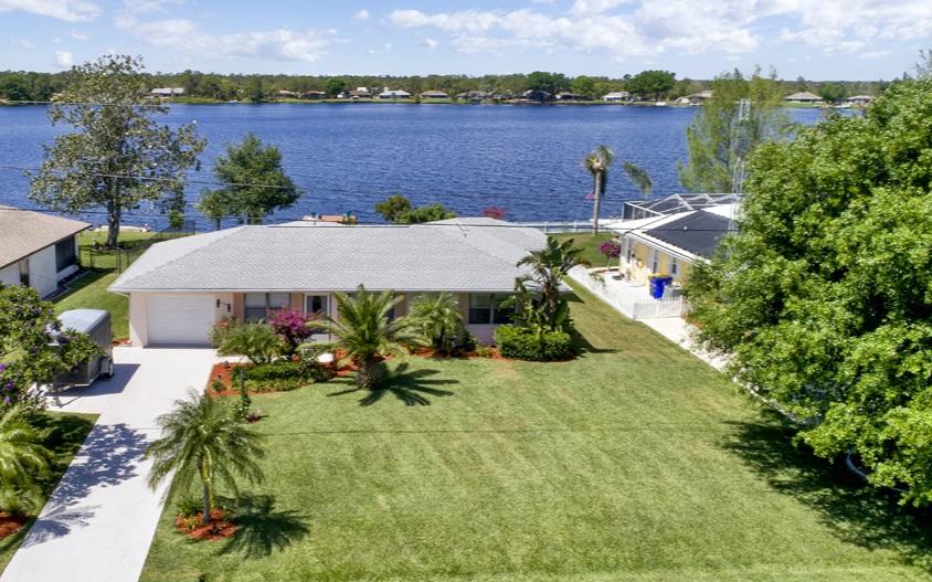 533 Lake August Dr, Lake Placid, FL 33852
