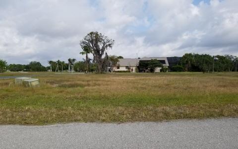 1032 Lakeside Way, Sebring, FL 33876