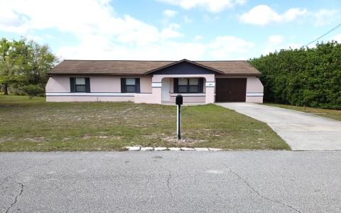 2353 N Huntington Rd, Avon Park, FL 33825