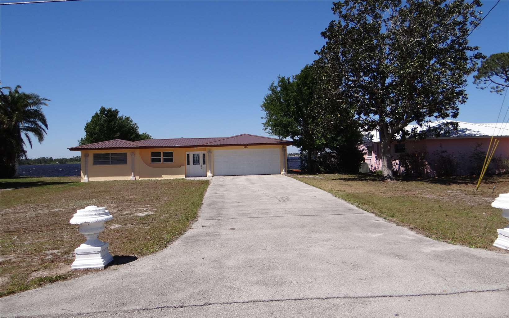 1110 Lake Sebring Dr, Sebring, FL 33870