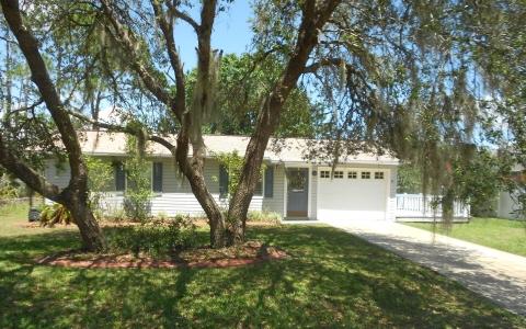 1121 Winter Green St, Lake Placid, FL 33852