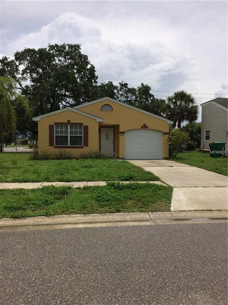 484 Hippel St, Port Charlotte, FL 33954