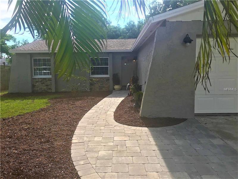 6530 Briar Ridge Ct N, Pinellas Park, FL 33782
