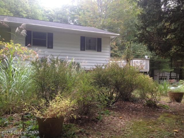 716 Wooddale Rd, East Stroudsburg, PA 18302