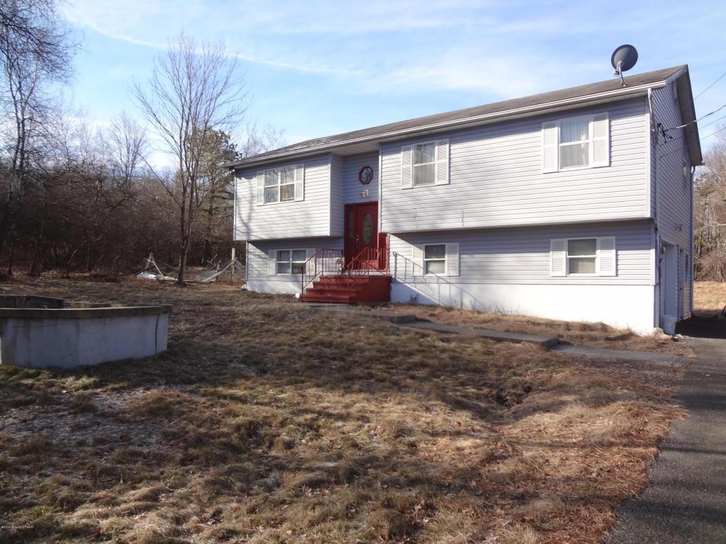 241 Snowshoe Drive, Blakeslee, PA 18610