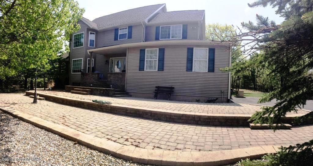 3210 Mountain Terrace Dr, Blakeslee, PA 18610
