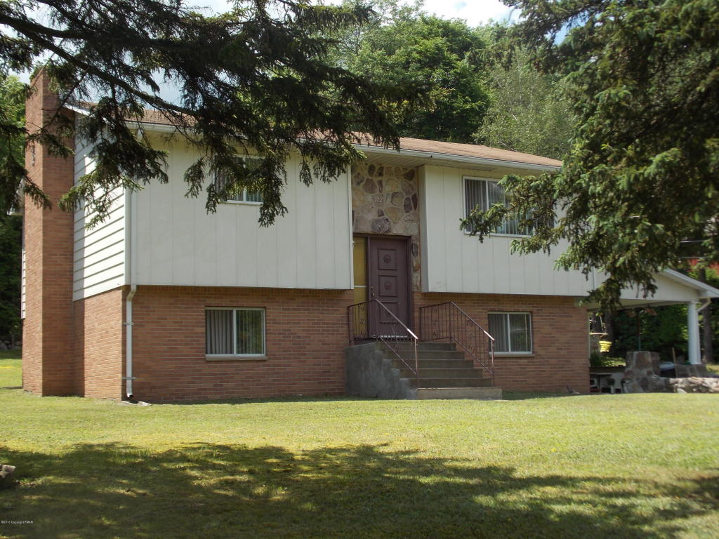 93 Black Bear Pass, White Haven, PA 18661