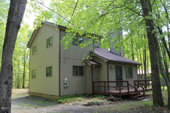 267 Towamensing Trl, Albrightsville, PA 18210