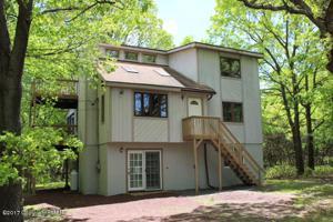 248 Penn Forest Trl, Albrightsville, PA 18210