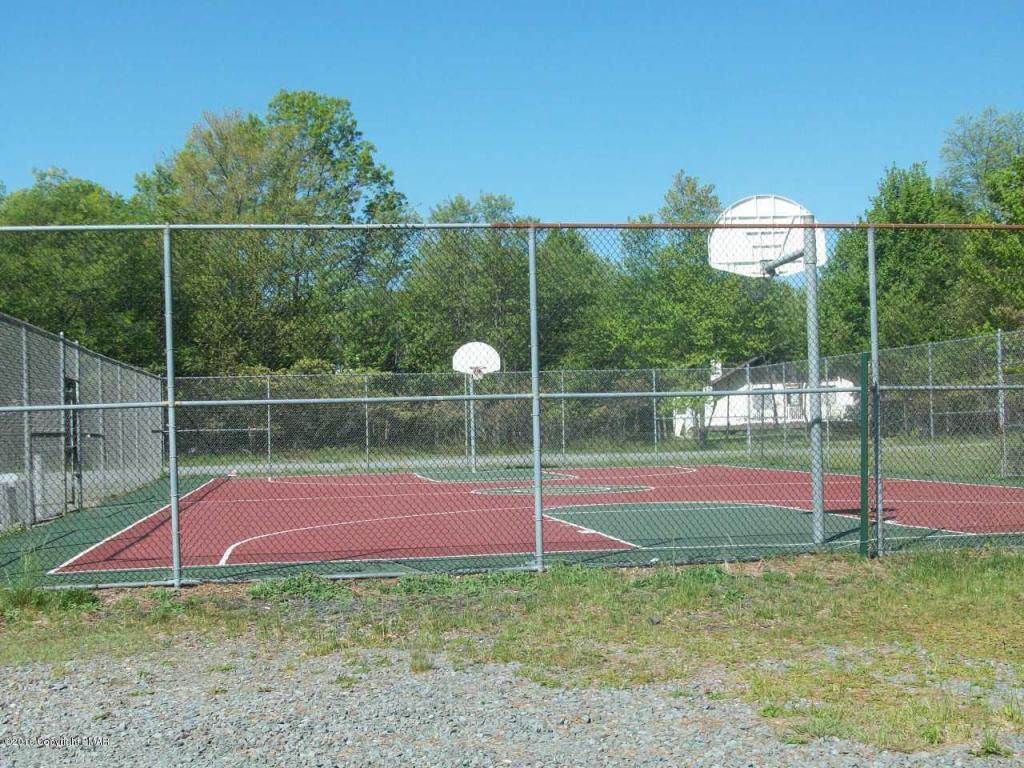 109 Longfellow Circle, Albrightsville, PA 18210