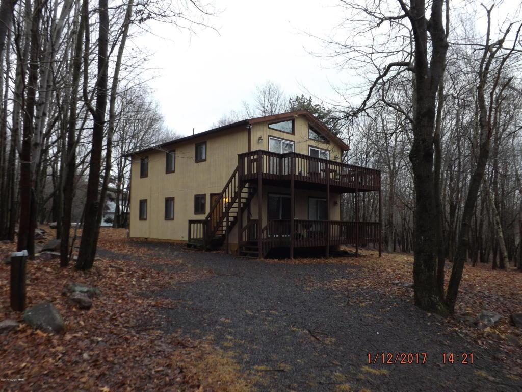 110 Woodland Pl, Blakeslee, PA 18610