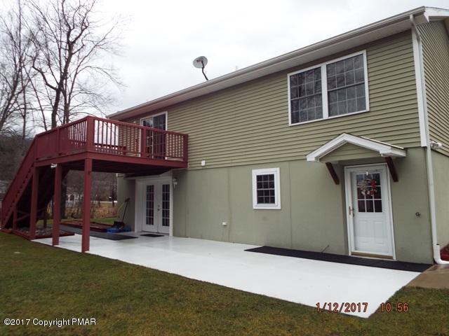 119 N Sheaman Rd, White Haven, PA 18661