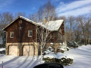 3 Arrowwood Dr, Lake Harmony, PA 18624