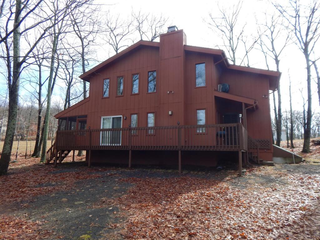 138 Banbury Drive, Bushkill, PA 18324