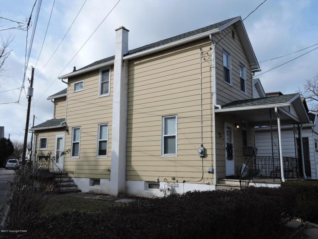 28 Susquehanna St, Wilkes Barre, PA 18702