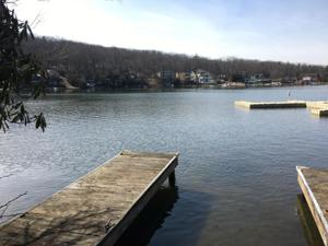 99 North Lake Drive (lakefront), Lake Harmony, PA 18624