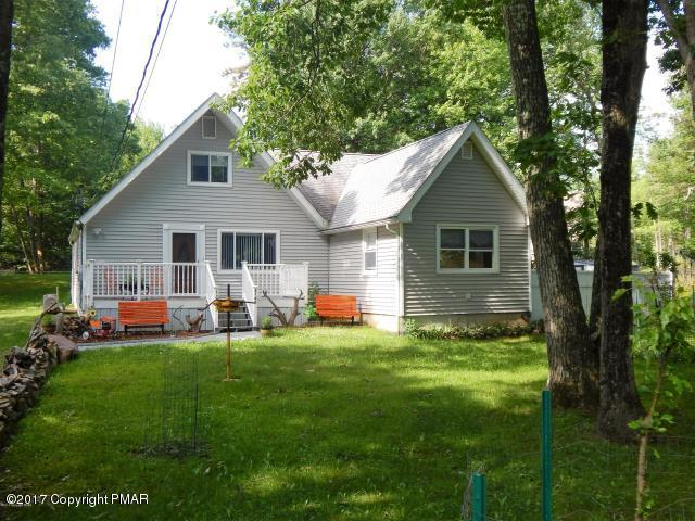 3137 Fern Rd, Pocono Summit, PA 18346