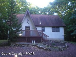 33 Wood St, Lake Harmony, PA 18624