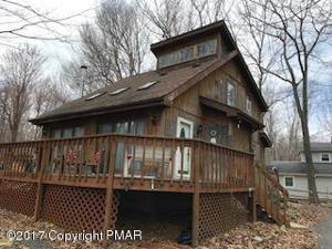 68 Old Post Rd, Tobyhanna, PA 18466