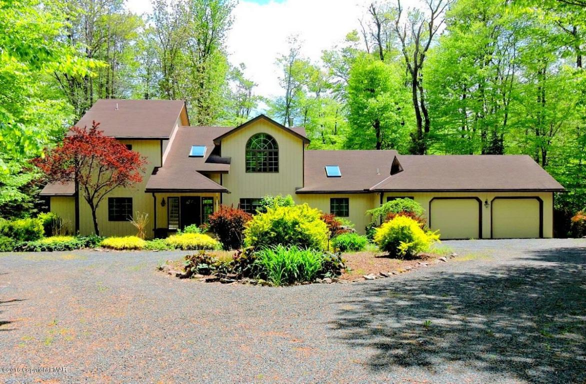 181 Golfers Way, Pocono Pines, PA 18350