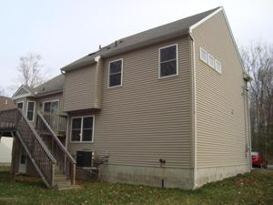 63 Wintergreen Cir, East Stroudsburg, PA 18301