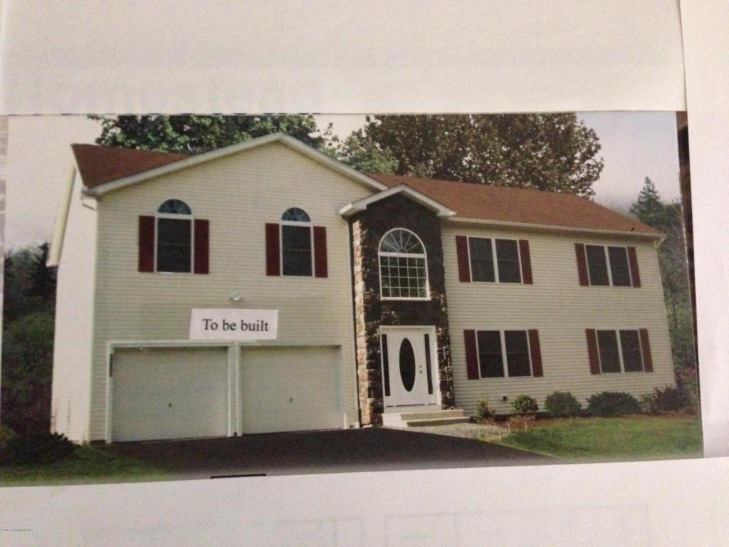 1342 Clover Rd, Long Pond, PA 18334
