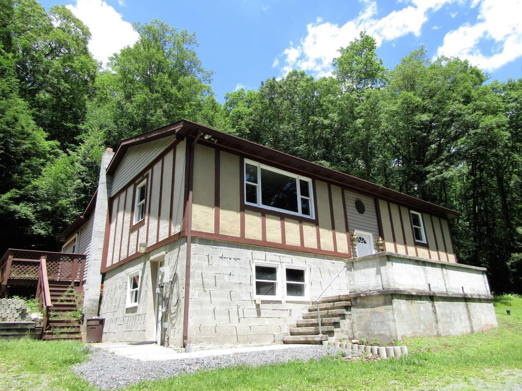987 Germantown Rd, Jim Thorpe, PA 18229