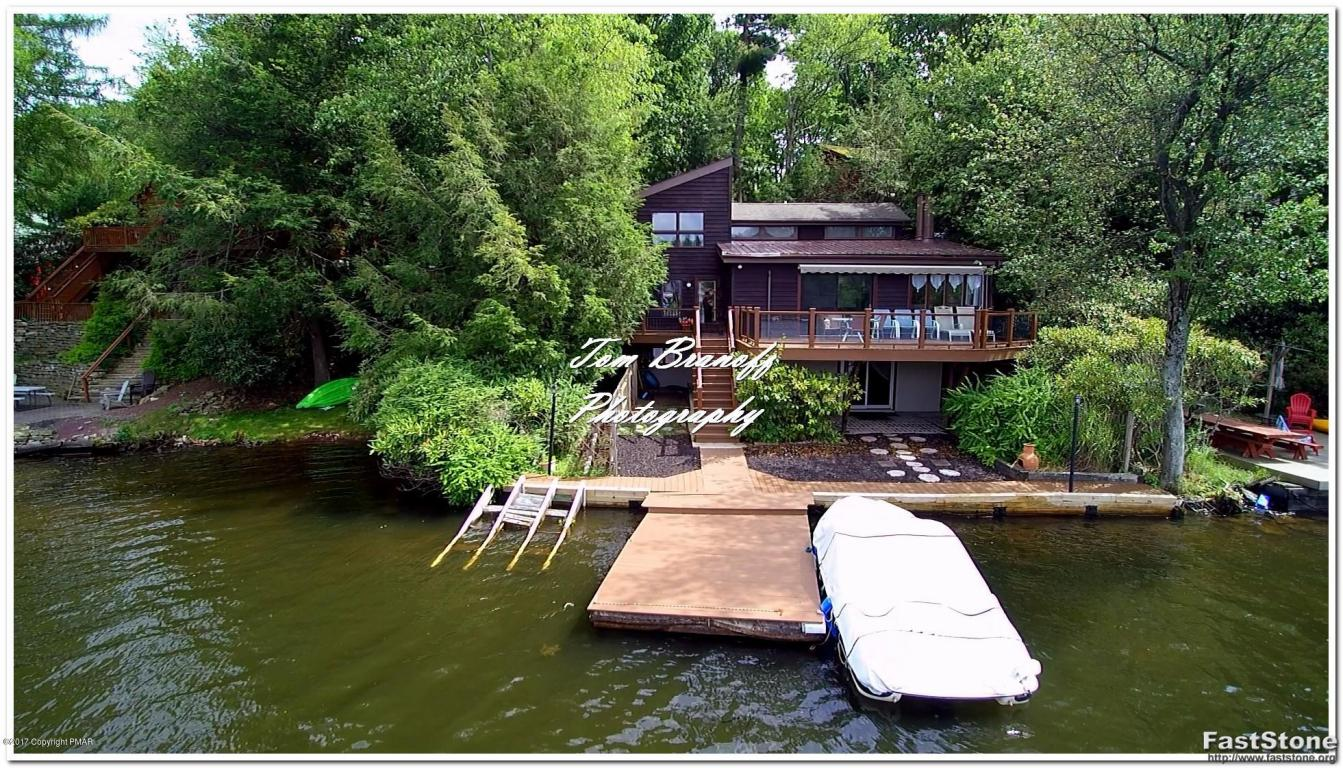 122 S Lake (lakefront) Dr, Lake Harmony, PA 18624