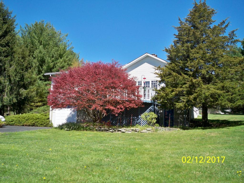 1171 Neola Church Rd, Stroudsburg, PA 18360