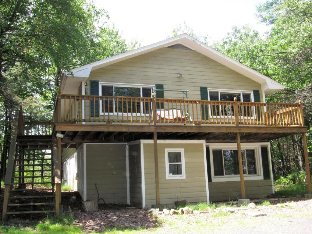 174 Sage Rd, Long Pond, PA 18334