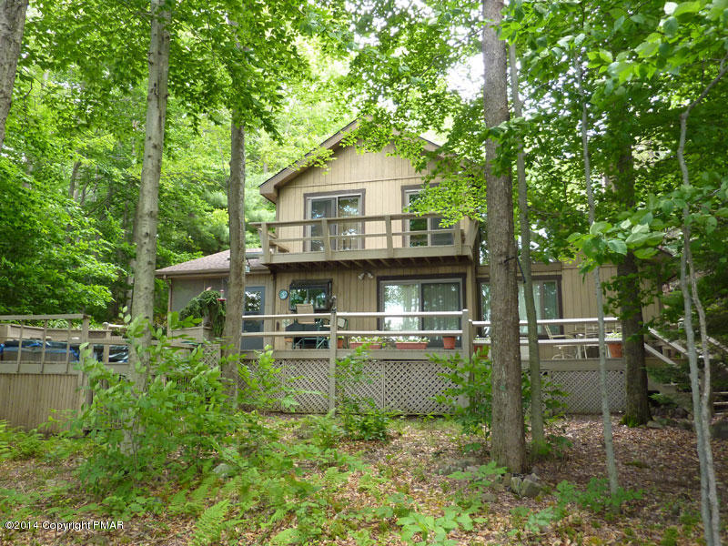 3220 Tall Timber Lake Rd., Pocono Pines, PA 18350