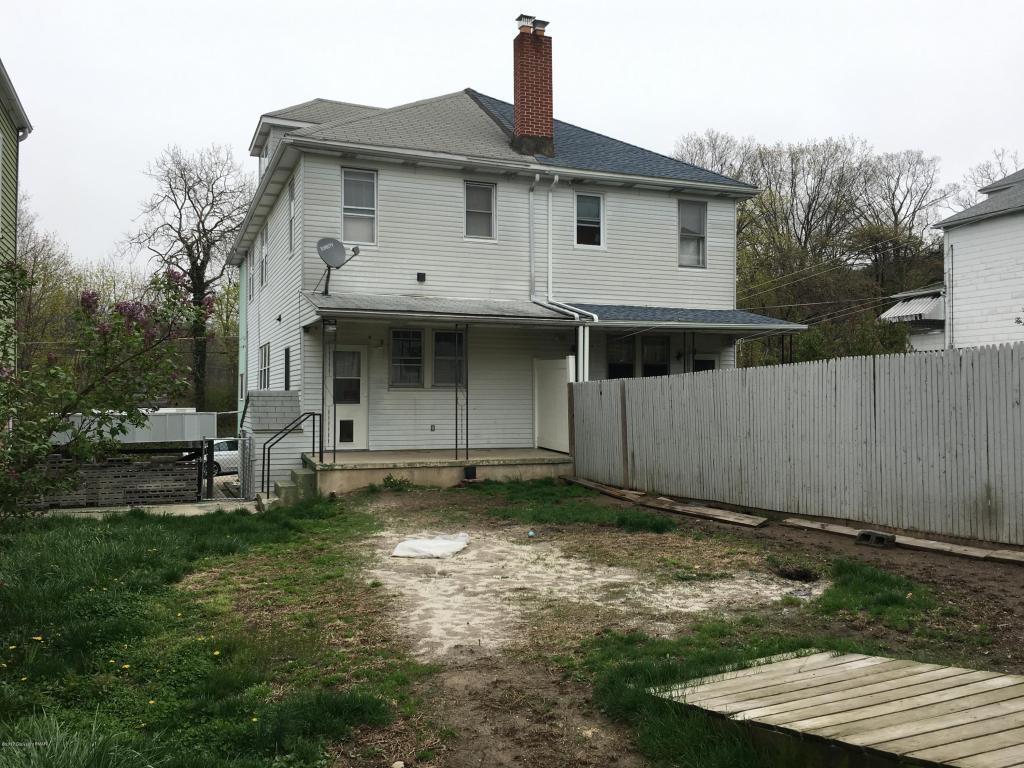158 East Street, Coaldale, PA 18218