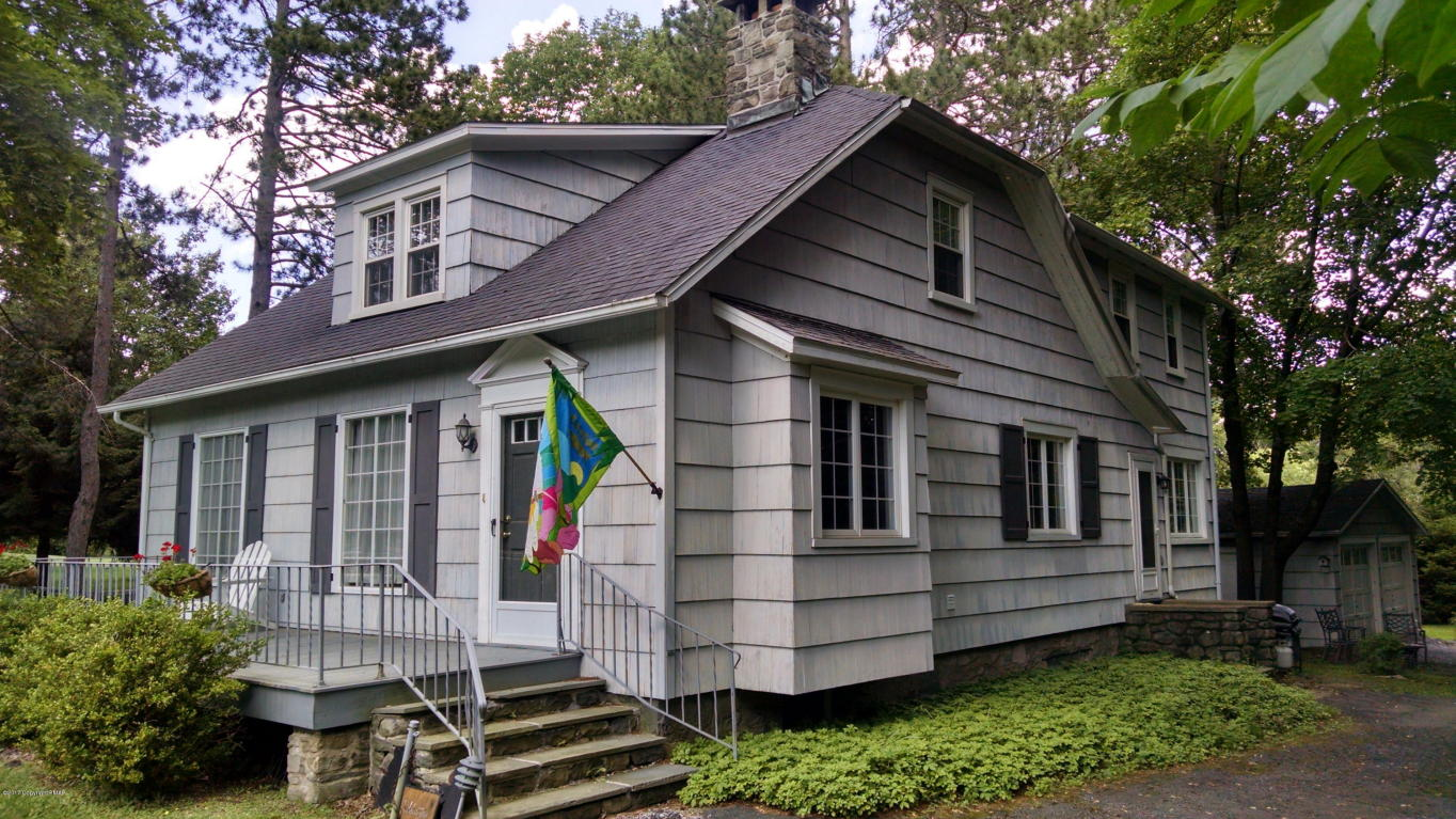 2886 Route 390, Canadensis, PA 18325