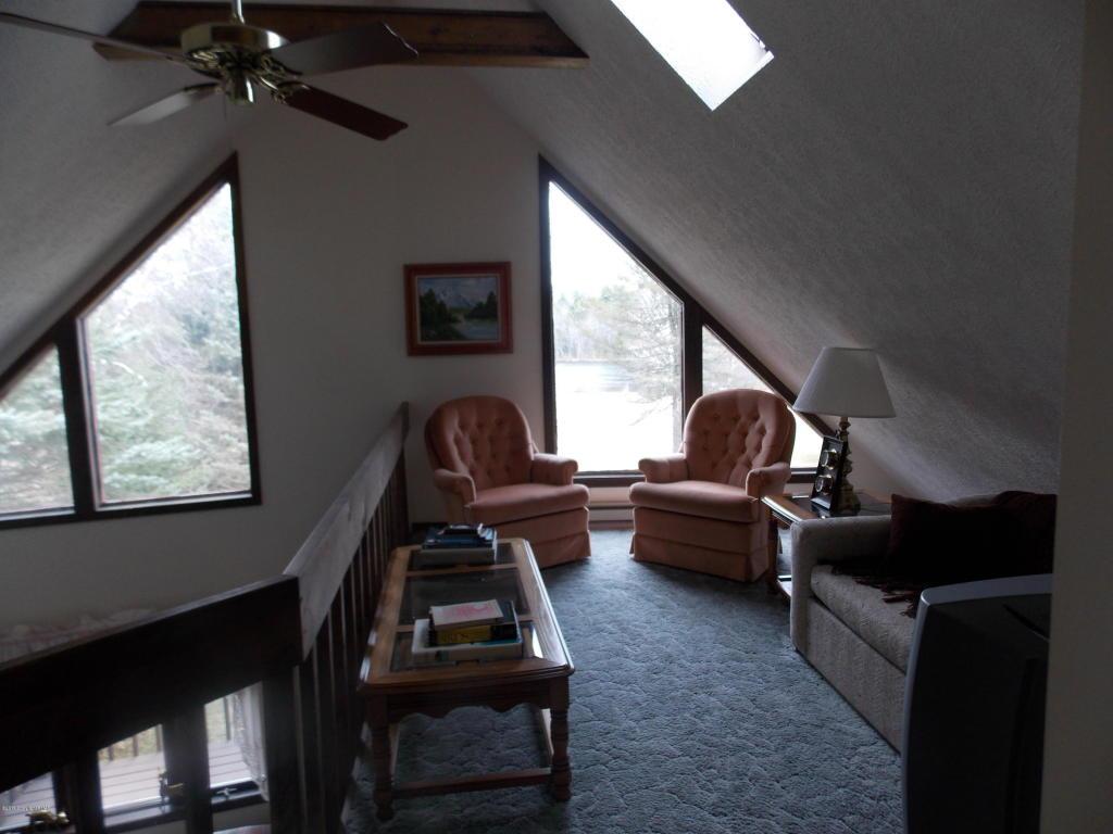 112 Black Bear Pass, White Haven, PA 18661