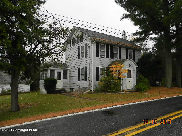 4460 Upper Smith Gap Rd, Saylorsburg, PA 18353